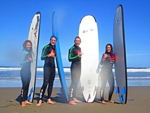 Surfing!! (2/5)
