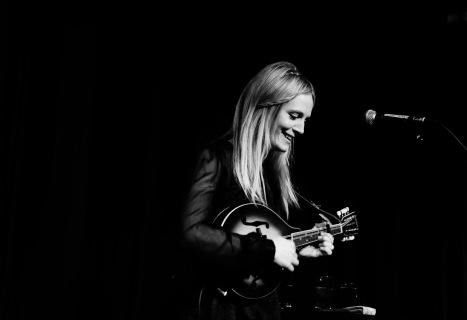 Webb Sisters - Elgar Room - London - 21st Apr 14-12