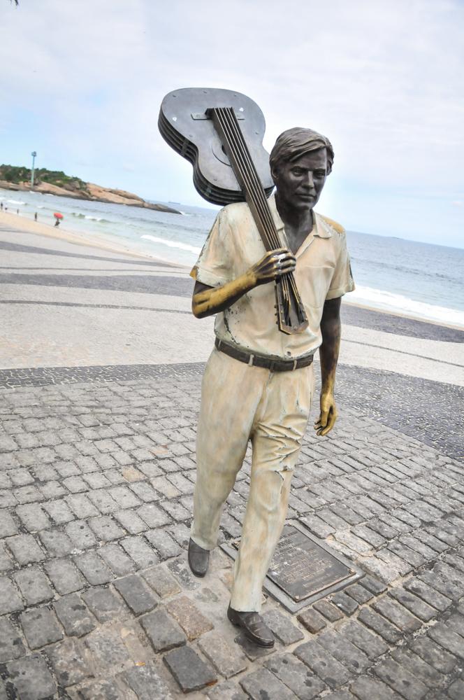 Tom Jobim statue, Copacabana